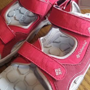 COLUMBIA Castle Rock Sandal Youth Sz 5 Red